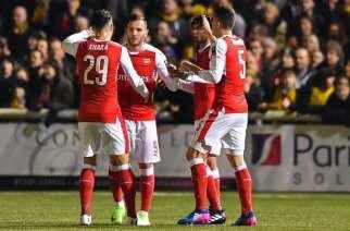 Lucas pone al Arsenal en sexta ronda