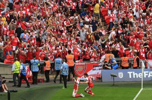 El Arsenal recupera su trono