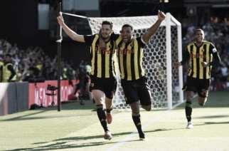 Un histórico Watford le remonta el partido al Tottenham, para mantener el pleno de victorias