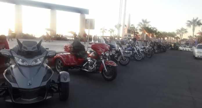Llegan cientos de motociclistas a Puerto Peñasco