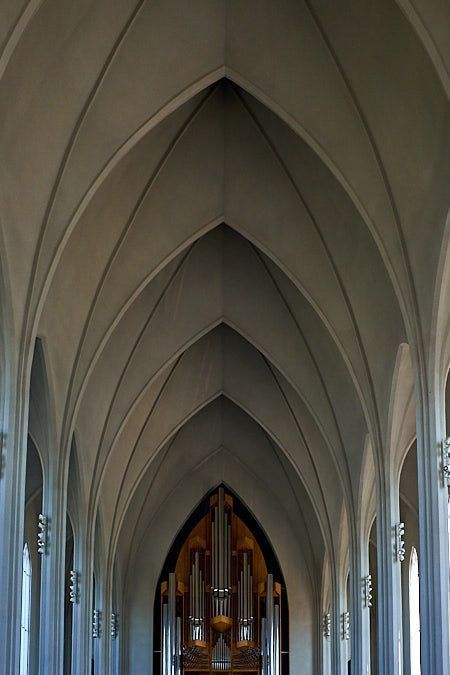 Hallgrimskirkja_catedral_2