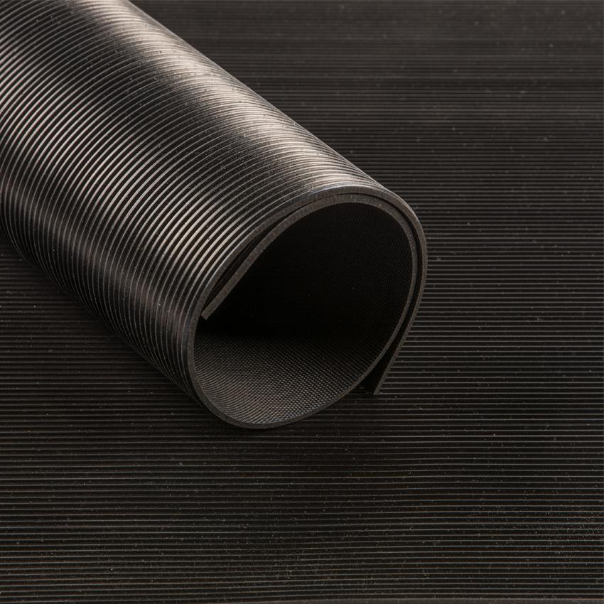 tapis caoutchouc 3mm strie