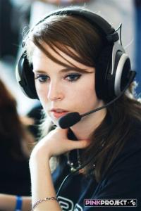 qpad_headset_player
