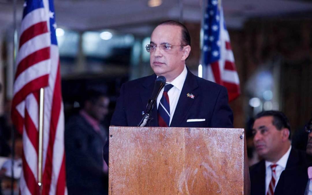 En conferencia en Nueva York: Quique Antún llama asumir principios patrióticos de Duarte para evitar que país sucumba en un profundo abismo