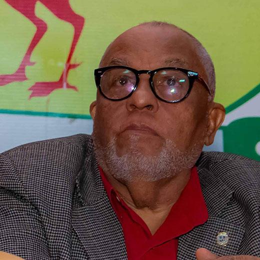Dr. Máximo Castro Silverio