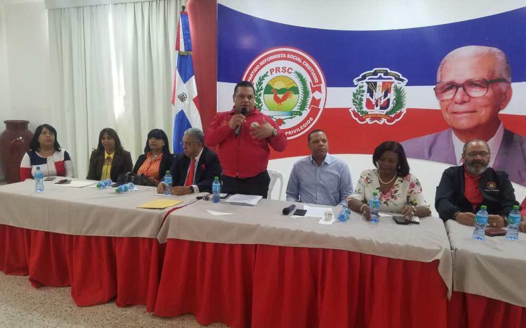 Dirigentes reformistas solicitan al Dr. Eddy Alcántara asumir candidatura a Senador por Santo Domingo.