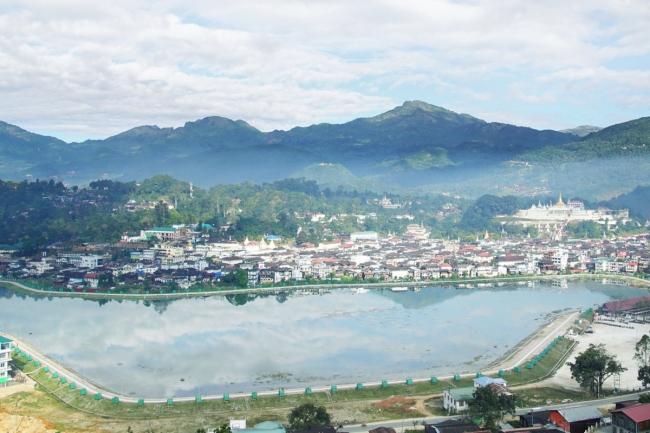 ルビーの産地、 ミャンマー・モゴック地区