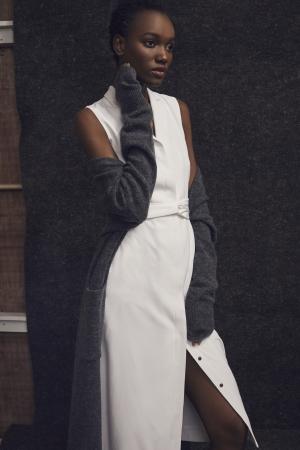 ヘリテージコレクションのトレンチコートを旬なトレンチドレスへアップデート/トレンチドレス(税込)