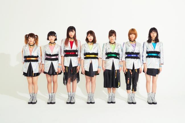 ※写真左から(Ayane、くるみ、りりちゃぴ、りこぴん、秋山ゆずき、ちゃぶ、Emi)