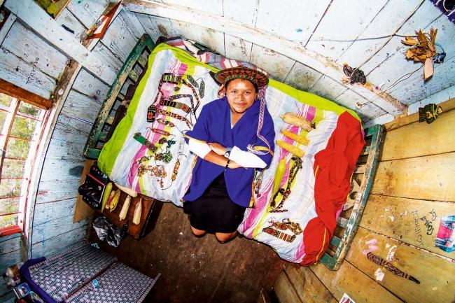 アンデスの人里離れた村の部屋(コロンビア)