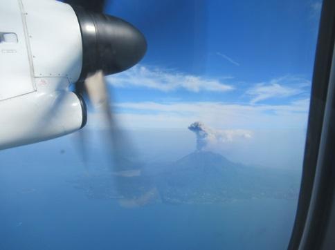 Q400機からの桜島