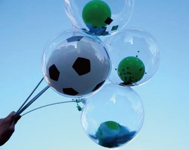 サッカーボールのバルーンの販売も!