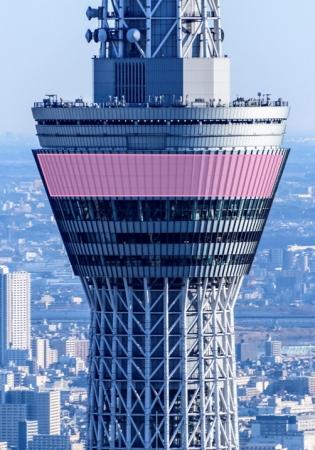 レーザーマッピングで演出する天望デッキ。ピンク部が演出するエリア ©TOKYO-SKYTREE
