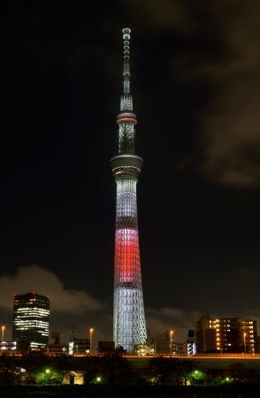 日本国旗をイメージしたライティング(イメージ) ©TOKYO-SKYTREE