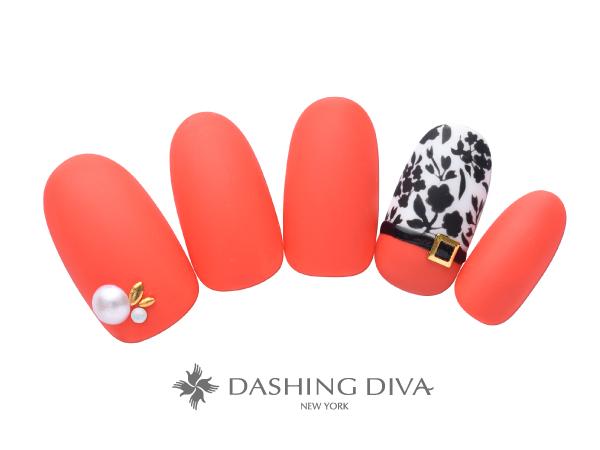 鮮やかなオレンジとフラワーアートのモードなネイル  ★DASHING DIVAネイルコンテスト最優秀新人デザイン賞