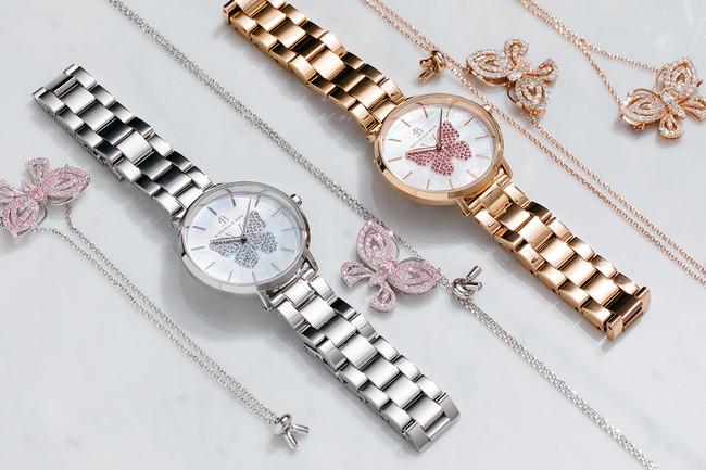 腕時計各24,200円(税込)、 ネックレス各7,800円(税込)、 ブレスレット各6,200円(税込)