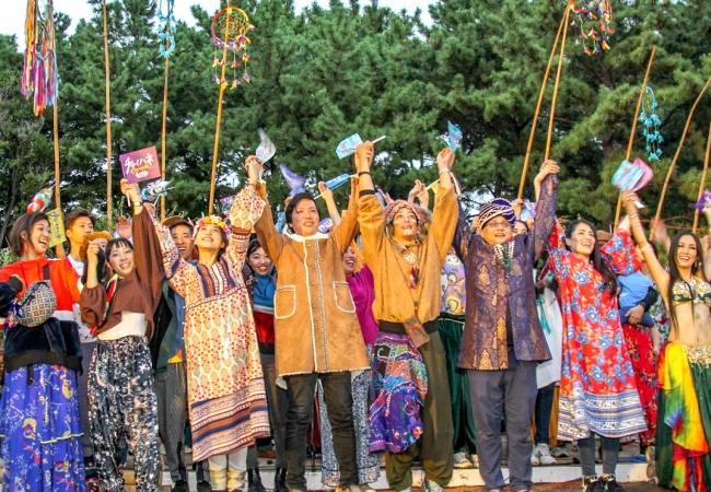 生演奏と踊りでファッションライブは大盛況【金沢文庫芸術祭】