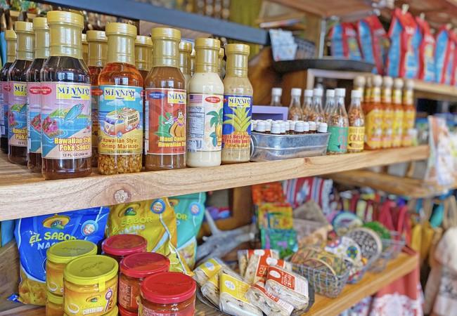 輸入食材も一部揃えております。