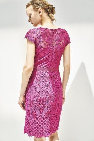 ドレス 80,000+税(TADASHI SHOJI)_エポカ ザ ショップ限定商品丸の内店限定カラー