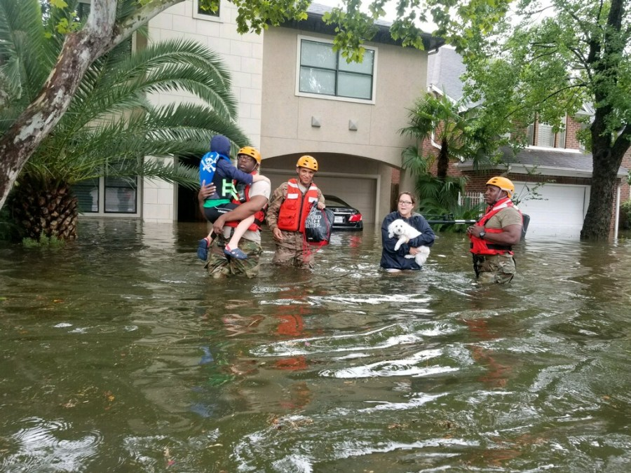 Texas+National+Guard+soldiers+arrive+in+Houston%2C+Texas+to+aid+citizens+in+heavily+flooded+areas+from+the+storms+of+Hurricane+Harvey.+%28Photos+by+Lt.+Zachary+West+%2C+100th+MPAD%29