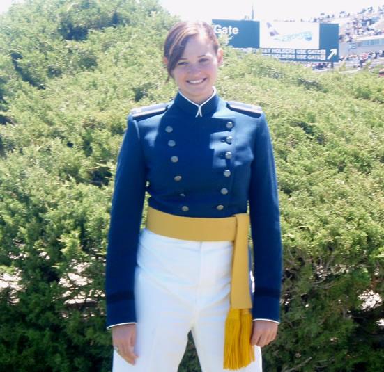 leadership-catherine-torres-in-uniform