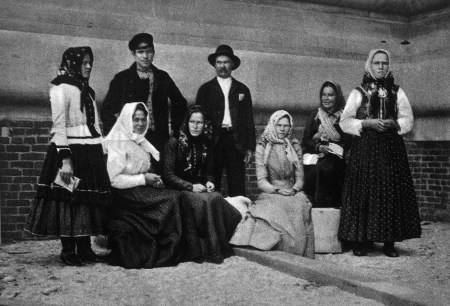 american-resilience-group-o-european-f-immigrants-just-arrived-at-ellis-island