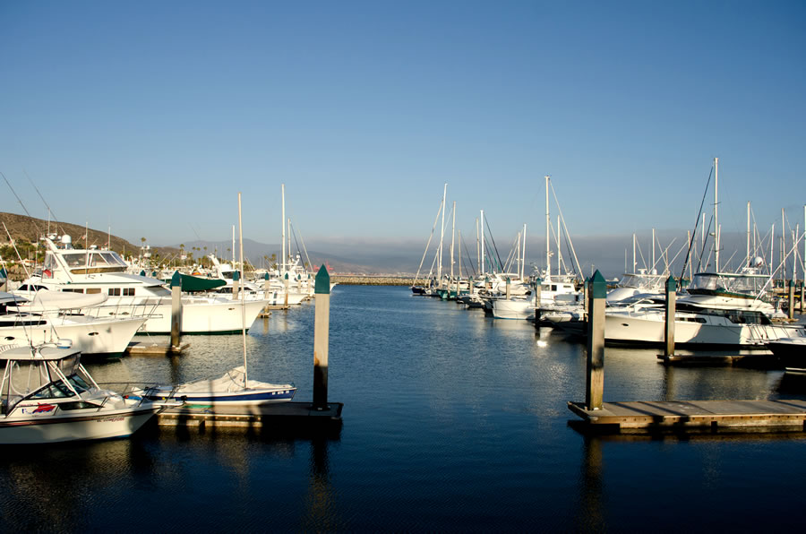 expat-view-of-a-yacht-club-in-a-sunny-day-in-ensenada-baja-california-mexico