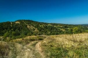 Główny Szlak Świętokrzyski - szlak pomiędzy polami