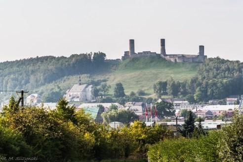 Chęciny - widok na zamek
