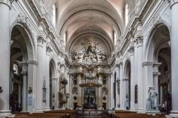 Warszawa - kościół Wizytek, nawa główna