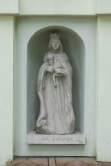 Kościół pod wezwaniem Ścięcia Świętego Jana Chrzciciela posąg