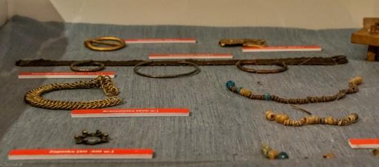Kobieca biżuteria muzeum etnograficzne w tarnowie