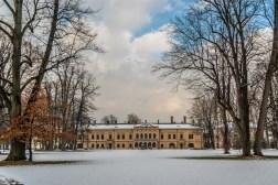 żywiec - pałac habsburgów nowy zamek zima budynek