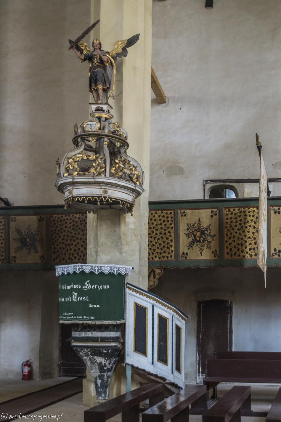 sighisoara - kościół w mosna ambona