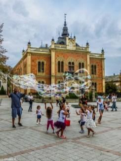 pałac biskupi bańki dzieci - serbia