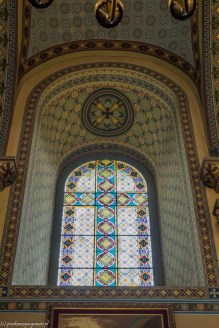 Sremski Kralovci cerkiew św. Mikołaja witraż