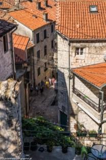 ulice kamienice - zwiedzanie kotoru