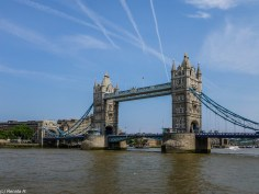 Tower Bridge londyn - spacer wzdłuż tamizy