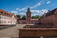 warmia - lidzbark warmiński zamek dziedziniec