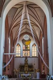 warmia - lidzbark warmiński kościół św. Apostołów Piotra i Pawła ołtarz