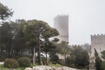 monreale - erice zamek we mgle