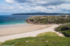 Ceannabeinne Beach przy North Coast 500