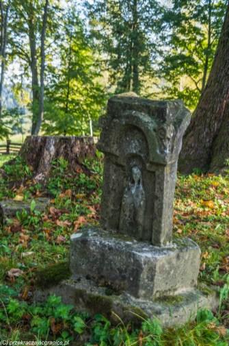 Cmentarze - połoniny w Bieszczadach