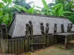 spacer po hanoi - muzeum etnograficzne taniec płodności
