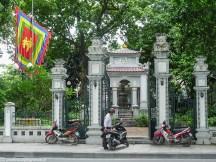 hanoi - budynki o wietnamskich wzorach