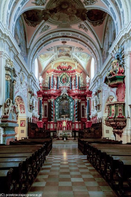 Kościół św. Antoniego Padewskiego - wnętrza