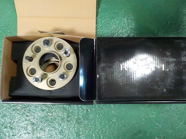 35 GT-R ワイドトレッドスペーサー取り付け ハブボルトカット