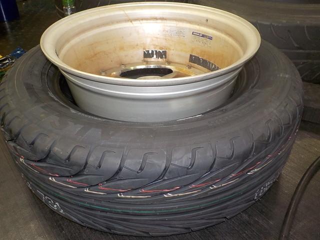 NB8C ロードスター タイヤ交換と四輪アライメント