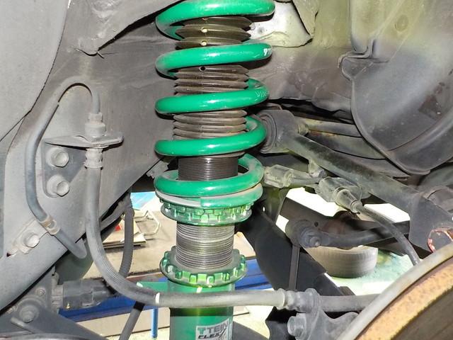 RB1 オデッセイアブソルート 車高調整と四輪アライメント