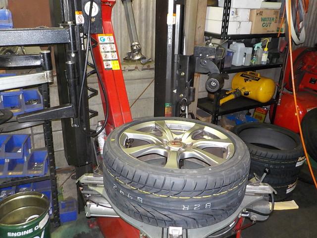 FD2 シビックタイプR 持ち込みタイヤ交換 四輪アライメント